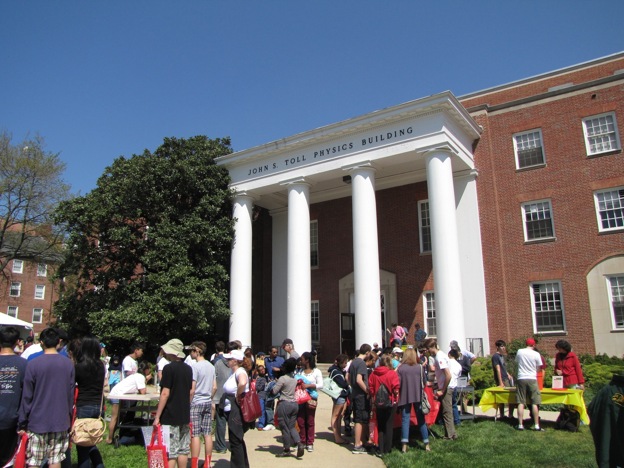 Crowd in front of the Toll Physics Building during Maryland Day 2013